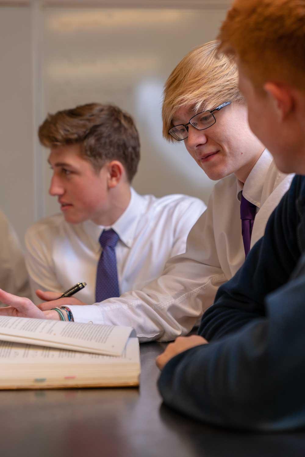 Academics At Faith Christian School
